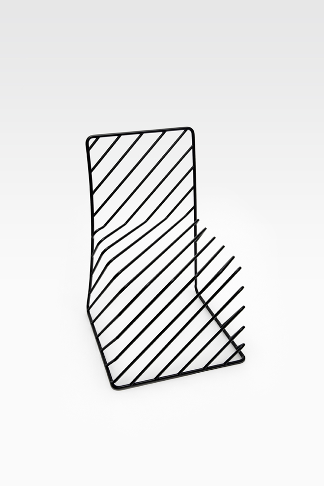 thin black lines01-chair