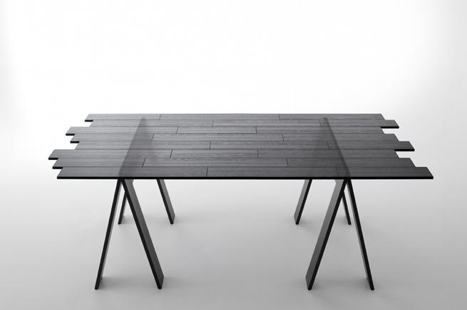Superbe Transparent Table