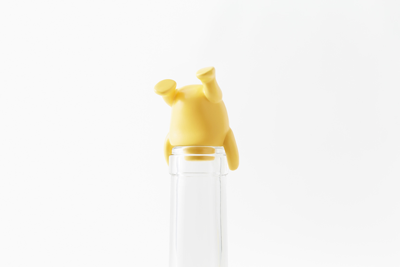 pooh-glassware_container08_copyright_Disney