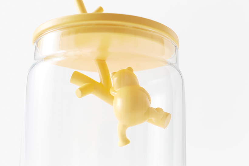 pooh-glassware_container10_copyright_Disney