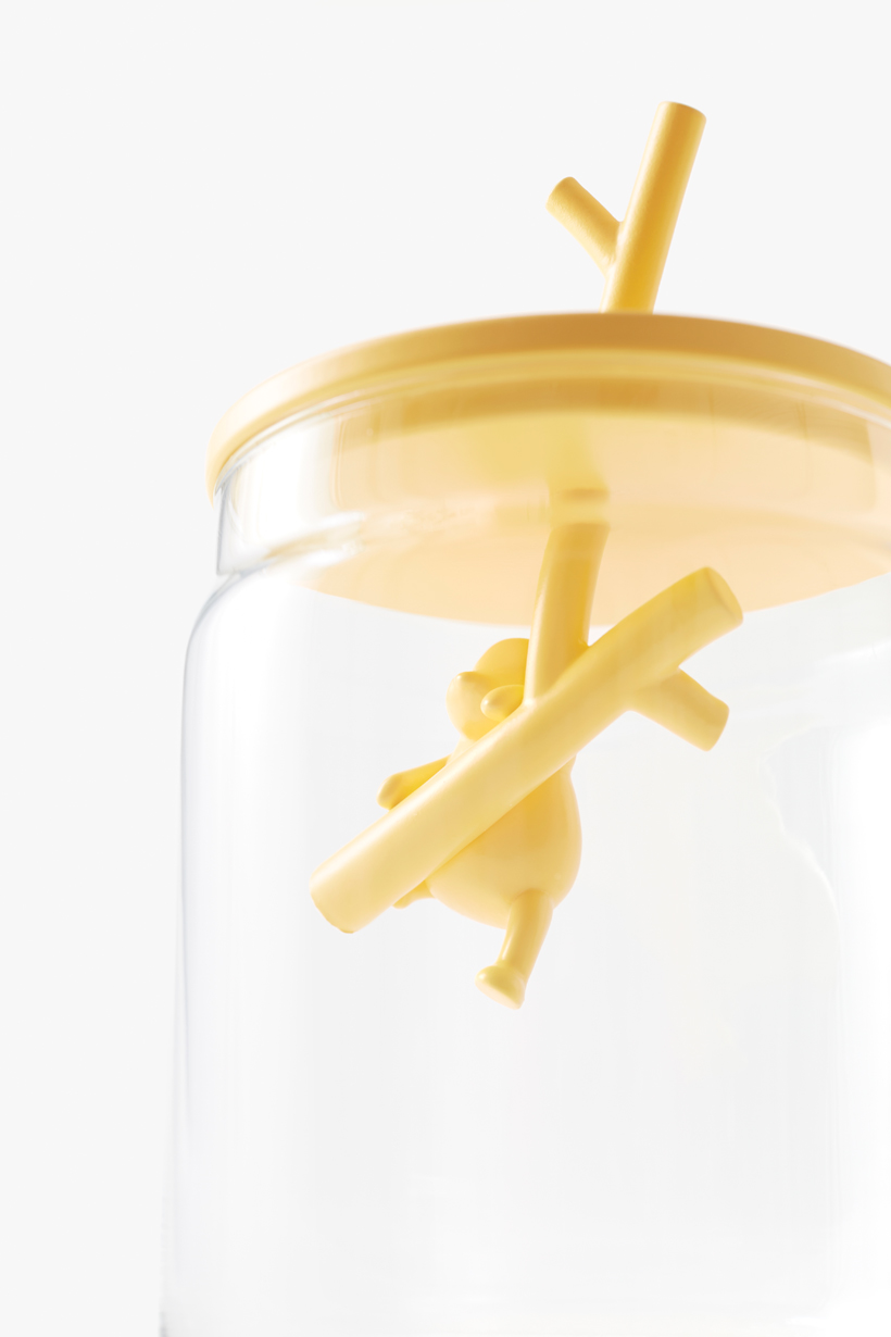 pooh-glassware_container11_copyright_Disney