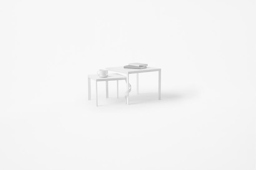 tangle_table04_akihiro_yoshida