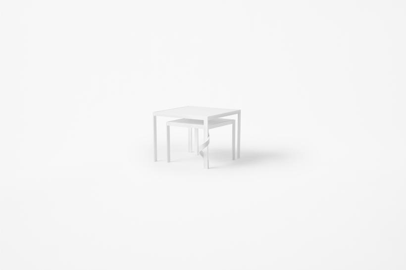 tangle_table05_akihiro_yoshida