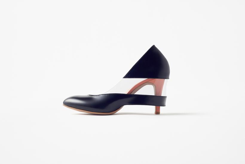 skirt_shoes03_akihiro_yoshida